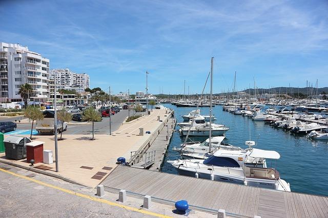 Острова в Средиземном море — лучшее место для  отдыха.
