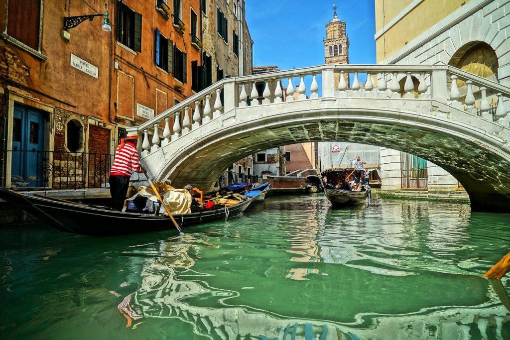 Венеция, канал, гондолы, мост, может исчезнуть